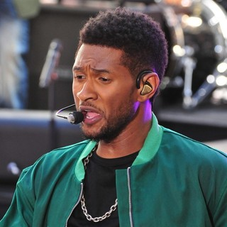 Usher - Usher Performing Live as Part of The Today Show's Concert Series