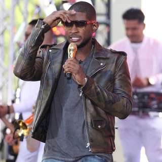 Usher - Usher Performs Live in Concert on NBC's Today Show as Part of Toyota Summer Concert Series
