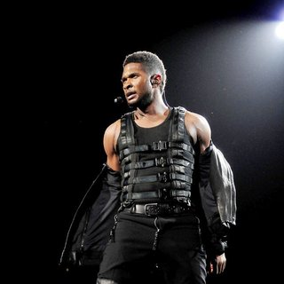 Usher in Usher Performs on OMG Tour