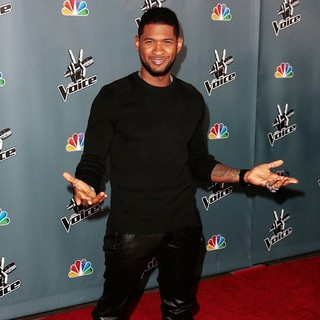Usher in Screening of NBC's The Voice Season 4 - Arrivals - usher-screening-the-voice-season-4-06
