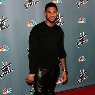 Usher in Screening of NBC's The Voice Season 4 - Arrivals - usher-screening-the-voice-season-4-07