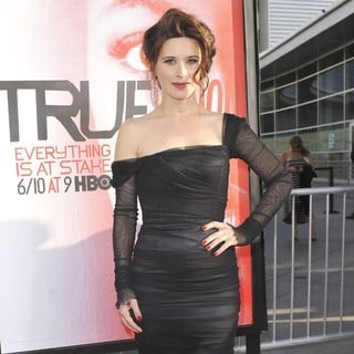 Valentina Cervi in Los Angeles Premiere for The Fifth Season of HBO's Series True Blood - Arrivals