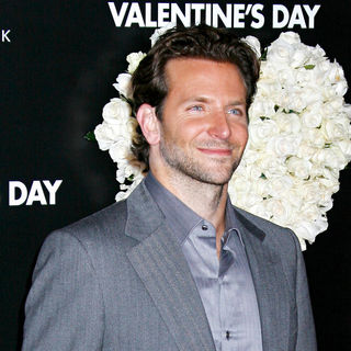 Bradley Cooper in Los Angeles World Premiere of 'Valentine's Day' - Red Carpet