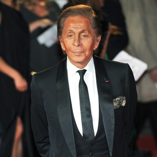Valentino Garavani in World Premiere of Skyfall - Arrivals