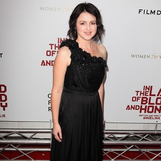 Premiere of In the Land of Blood and Honey - Arrivals - vanessa-glodjo-premiere-in-the-land-of-blood-and-honey-01