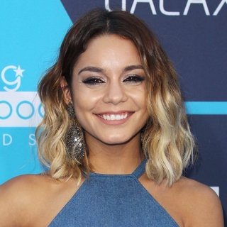 Vanessa Hudgens in The 16th Annual Young Hollywood Awards - Arrivals
