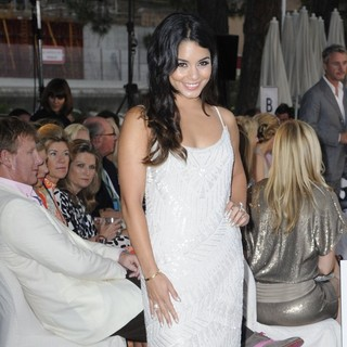 Vanessa Hudgens in Amber Fashion Show and Charity Auctiom