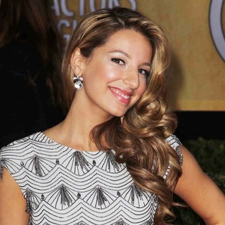 Vanessa Lengies in 19th Annual Screen Actors Guild Awards - Arrivals