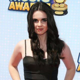 Vanessa Marano in Radio Disney Music Awards 2014