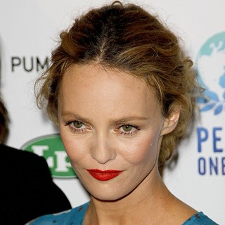 Vanessa Paradis in Peace One Day Celebration 2010