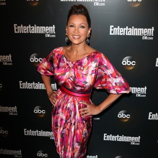 Vanessa Williams in Entertainment Weekly and ABC TV Celebrate The New York Upfronts with A VIP Cocktail Party - Arrivals