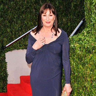 Anjelica Huston in The 82nd Annual Academy Awards (Oscars) - Vanity Fair Party - Arrivals
