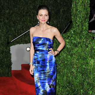 Maggie Gyllenhaal in The 82nd Annual Academy Awards (Oscars) - Vanity Fair Party - Arrivals