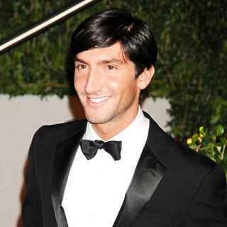 Evan Lysacek in The 82nd Annual Academy Awards (Oscars) - Vanity Fair Party - Arrivals