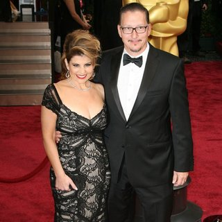 Nia Vardalos, Stephen Prouty in The 86th Annual Oscars - Red Carpet Arrivals