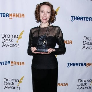Veanne Cox in 2014 Drama Desk Awards - Press Room