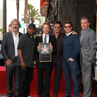 Gore Verbinski, Martin Lawrence, Jerry Bruckheimer, Johnny Depp, Tom Cruise, Bob Iger in Jerry Bruckheimer Honored on The Hollywood Walk of Fame