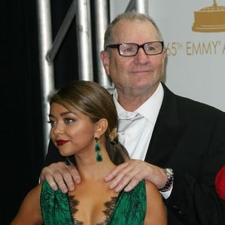 Sarah Hyland, Ed O'Neill in 65th Annual Primetime Emmy Awards - Press Room