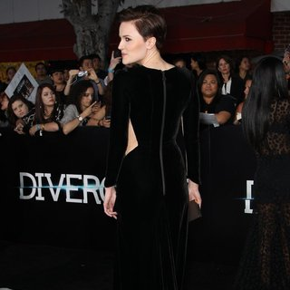 Veronica Roth in Premiere of Summit Entertainment's Divergent - Red Carpet Arrivals