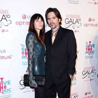 Pollyanna Rose, Billy Burke in Vh1 Save The Music Foundation Gala