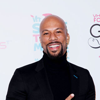 Common in Vh1 Save The Music Foundation Gala