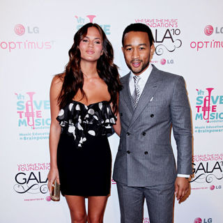 John Legend, Chrissy Teigen in Vh1 Save The Music Foundation Gala