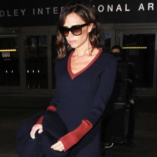 Victoria Adams - Victoria Beckham at Los Angeles International Airport