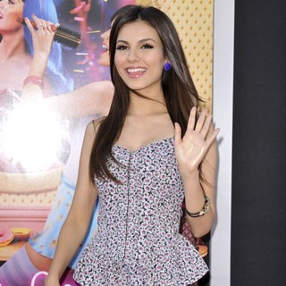 Victoria Justice in Katy Perry: Part of Me Los Angeles Premiere