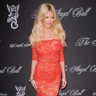 Victoria Silvstedt in Gabrielle's Angel Foundation Hosts Angel Ball 2014 - Red Carpet Arrivals