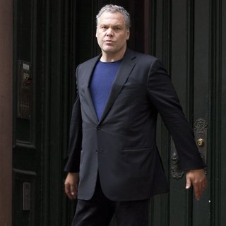 Vincent D'Onofrio in Filming on Location for Law and Order: Criminal Intent