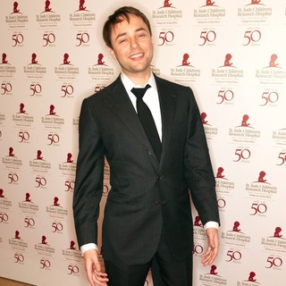 Vincent Kartheiser in St. Jude Childrens Hospital's 50th Anniversary Benefit Gala - Arrivals
