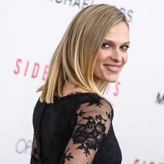 Vinessa Shaw in New York Premiere of Side Effects - vinessa-shaw-premiere-side-effects-06