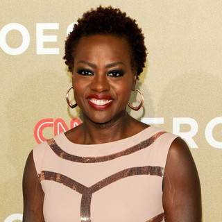 Viola Davis in CNN Heroes: An All-Star Tribute - Arrivals - viola-davis-cnn-heroes-an-all-star-tribute-01