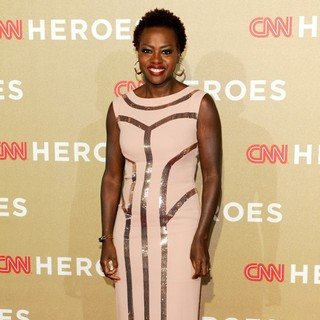 Viola Davis in CNN Heroes: An All-Star Tribute - Arrivals - viola-davis-cnn-heroes-an-all-star-tribute-02