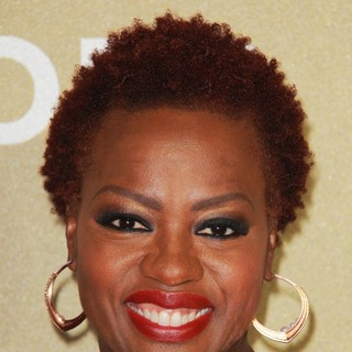 Viola Davis in CNN Heroes: An All-Star Tribute - Arrivals - viola-davis-cnn-heroes-an-all-star-tribute-03