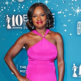Viola Davis in Essence 10th Annual Black Women in Hollywood Awards Gala - Arrivals