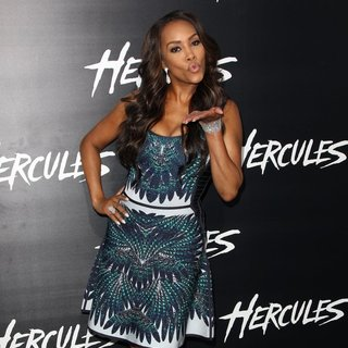 Vivica A. Fox in Los Angeles Premiere of Hercules - Arrivals