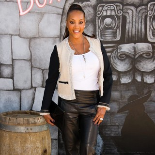 Vivica A. Fox in The Los Angeles Premiere of Puss in Boots