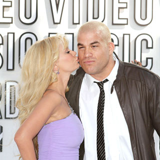 Jenna Jameson, Tito Ortiz in The 2010 MTV Video Music Awards (MTV VMAs) - Arrivals