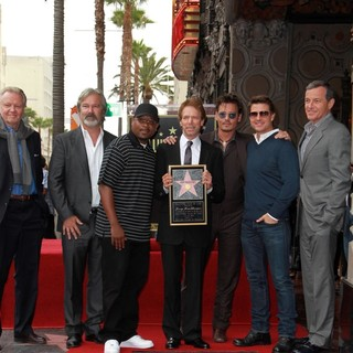 Jon Voight, Gore Verbinski, Martin Lawrence, Jerry Bruckheimer, Johnny Depp, Tom Cruise, Bob Iger in Jerry Bruckheimer Honored on The Hollywood Walk of Fame