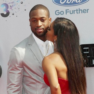 Dwyane Wade, Gabrielle Union in The 2013 BET Awards - Arrivals