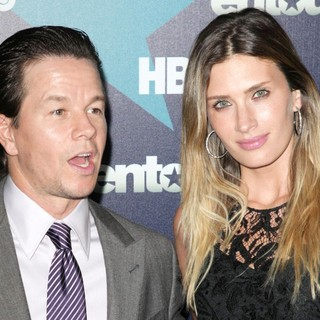 Mark Wahlberg, Rhea Durham in Final Season Premiere of HBO's Entourage