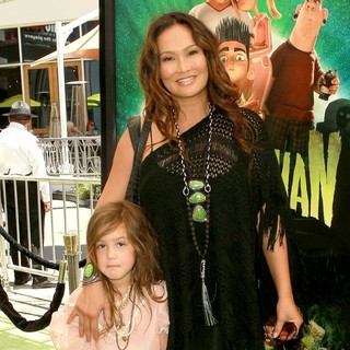 Bianca Wakelin, Tia Carrere in World Premiere of ParaNorman