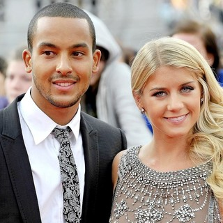 Theo Walcott, Melanie Slade in Harry Potter and the Deathly Hallows Part II World Film Premiere - Arrivals