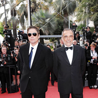 Benicio Del Toro, Alberto Barbera in 2010 Cannes International Film Festival - Day 3 - 'Wall Street 2: Money Never Sleeps' Premiere