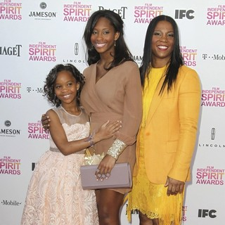 Quvenzhane Wallis, Qunyquekya Wallis, Qulyndreia Wallis in 2013 Film Independent Spirit Awards - Arrivals