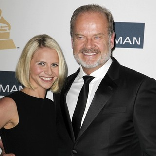 Kelsey Grammer in Clive Davis and The Recording Academy's 2013 Pre-Grammy Gala and Salute to Industry Icons - walsh-grammer-clive-davis-and-the-recording-academy-s-2013-pre-grammy-gala-01