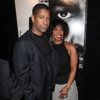 Denzel Washington, Pauletta Pearson in The Safe House Premiere - Arrivals