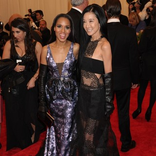 Kerry Washington, Vera Wang in PUNK: Chaos to Couture Costume Institute Gala