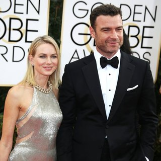 Naomi Watts, Liev Schreiber in 71st Annual Golden Globe Awards - Arrivals